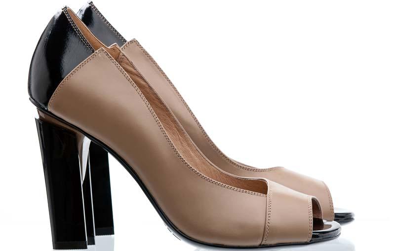 pantofi maro cu negru